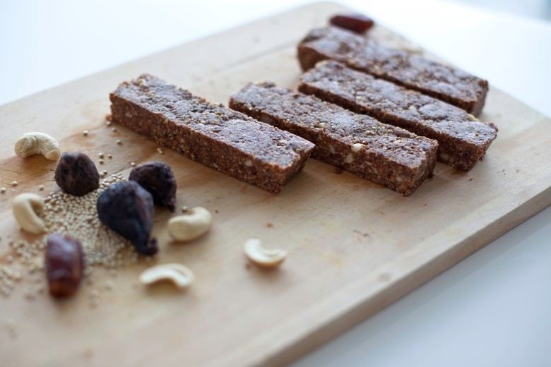 Almond Fig Quinoa Energy Bar